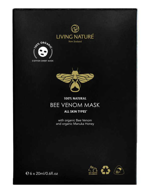 Bee Venom Mask của Living Nature là một phần mở rộng cho dòng sản phẩm cân bằng độ pH, không chứa dầu khoáng, PEGS, nước hoa tổng hợp và chất bảo quản