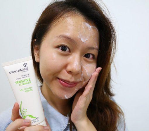 Sữa rửa mặt cho da nhạy cảm Living Nature Sensitive Cleanser 3
