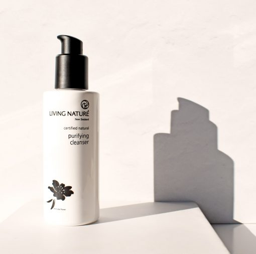 Sữa rửa mặt Purifying Cleanser Living Nature 4