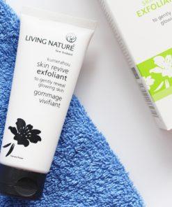 Kem tẩy tế bào chết Living Nature Skin Revive Exfoliant 4