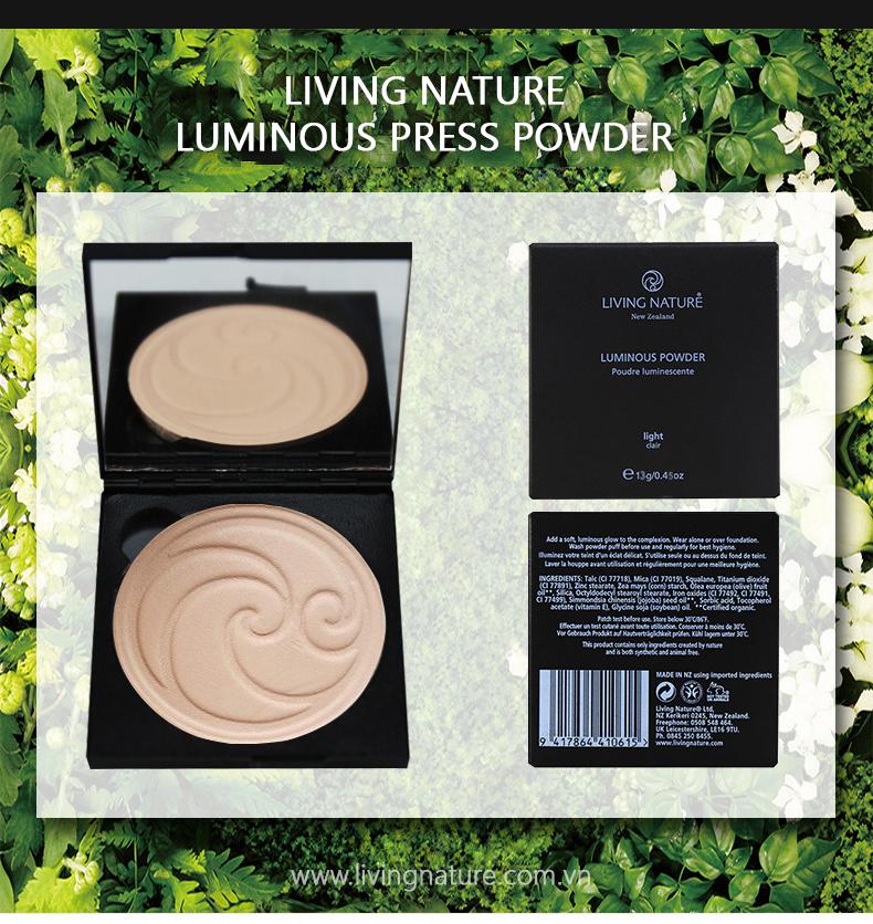 Phấn phủ Living Nature Luminous Pressed Powder - light
