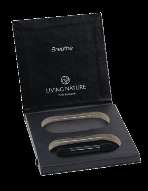 Hộp phấn mắt bỏ túi Eyeshadow Compact chính hãng Living Nature