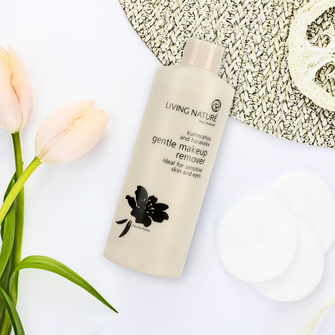 Nước tẩy trang Living Nature Gentle Makeup Remover 5