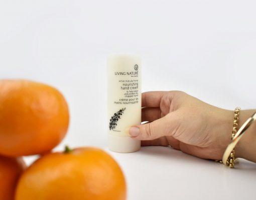 Kem dưỡng da tay Living Nature Nourishing Hand Cream