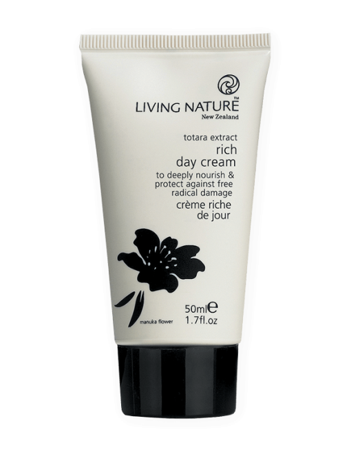 Kem dưỡng Living Nature Rich Day Cream