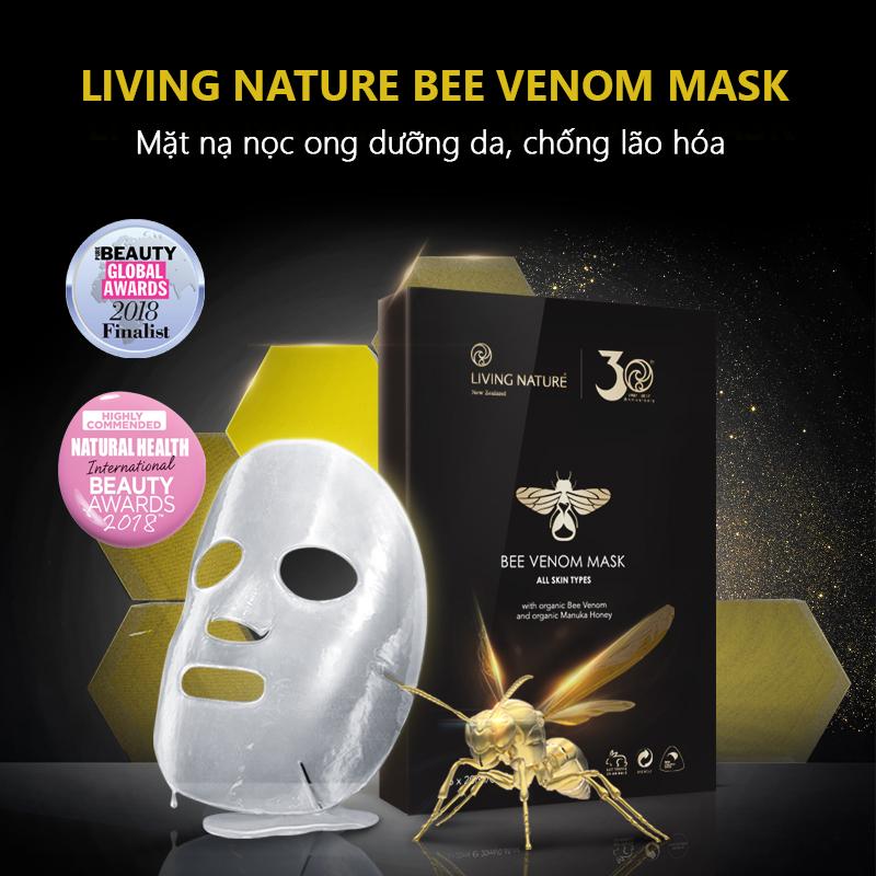 Mặt nạ nọc ong Living Nature Bee Venom Mask đã được lọt vào vòng chung kết trong danh mục 'Best new face mask' Pure Beauty Global Awards 2018.