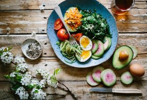 Giúp làn da luôn khỏe mạnh qua chế độ ăn uống