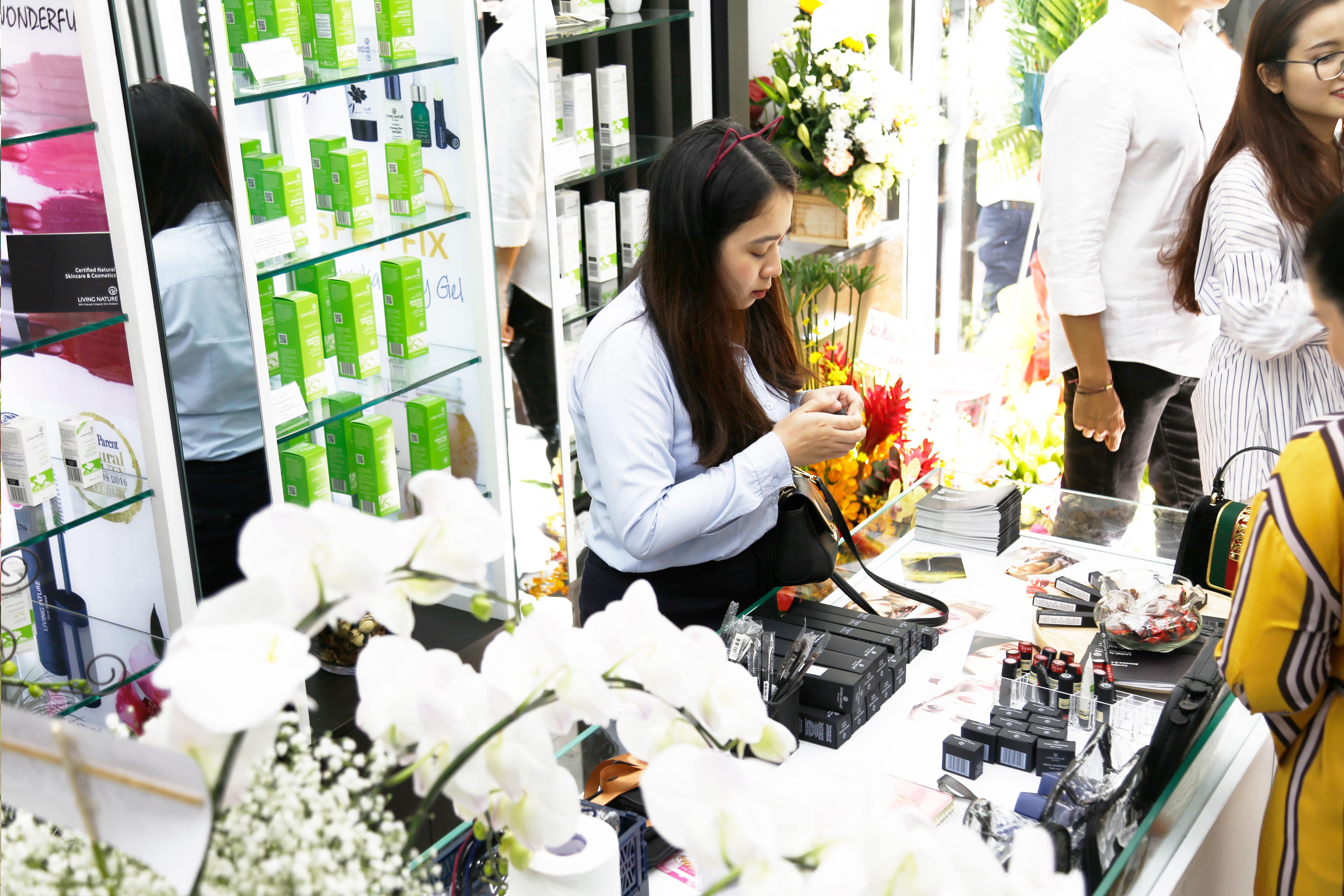 Showroom mỹ phẩm Living Nature tại Việt Nam 6