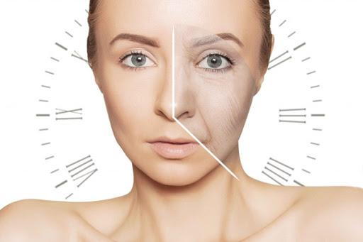 Có nên sử dụng serum dưỡng sáng da vào buổi sáng hay không?